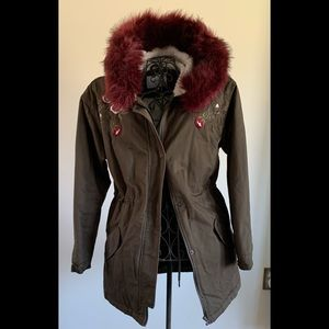 BELLFIELD BEAUTIFUL AND WARM COAT